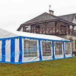 Jaki namiot wybrać na imprezę?